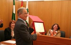 Día de luto oficial por el fallecimiento de Juan Sánchez Gutiérrez hijo predilecto de nuestro pueblo.