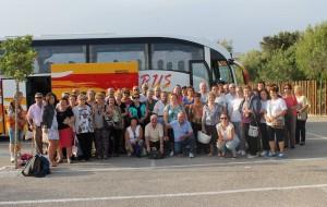 """Más de 50 personas mayores de San José del Valle han participado en la convivencia del """"Día del Mayor"""" con otros grupos de Mayores Activ@s de la Janda."""