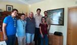Antonio González alcalde de San José del Valle recibe al presidente del Msc Jerez y al grupo Local de Scout del Valle.