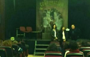 """La semana contra la Violencia de género  finalizó con la representación teatral """"Guapas"""""""