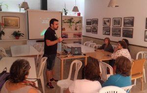 """El Ayuntamiento presenta  la APP  """"San José del Valle Informa"""" a nuestros Mayores Activ@s."""