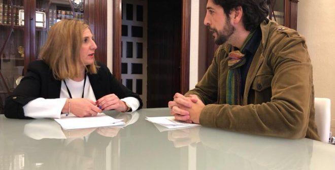 La Presidenta de la Diputación recibe a nuestro Alcalde Antonio González Carretero.