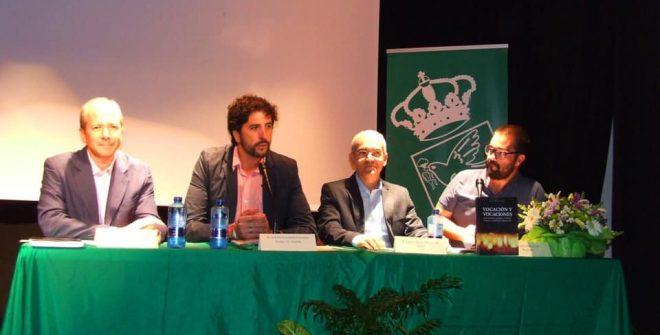 Presentado el libro 'Vocación y Vocaciones' del salesiano vallense Jorge Juan Reyes Macías en nuestro pueblo.