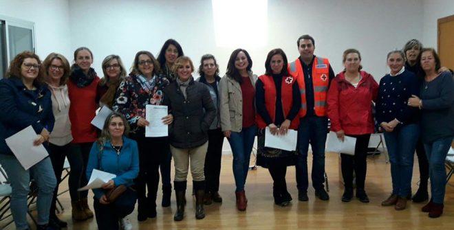 Buen resultado del curso de Aprendizaje de Cuidados y Autocuidados, impartido Cruz Roja en coordinación con la Excma. Diputación de Cádiz y el Área de Servicios Sociales del Ayuntamiento.