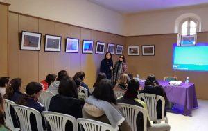Emotivo encuentro con Pilar Ayllón, lectora ciega.