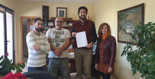 """Firmado el PRIMER CONVENIO entre la UMV """"Juan Sánchez Gutiérrez"""" y el Excmo. Ayuntamiento."""